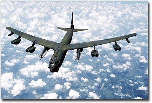 (B-52G / B-52 Stratofortress Bomber 8x12 Silver Halide Photo)