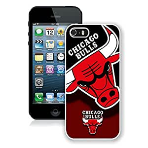 New Custom Design Cover Case For iPhone 5s Generation Chicago Bulls 2 White Phone Case