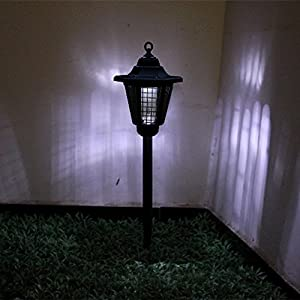 Solar Powered Insect Killer Electric Bug Light Zapper Outdoor Cordless Garden Lamp Best Stinger for Mosquitoes/ Moths/ Flies