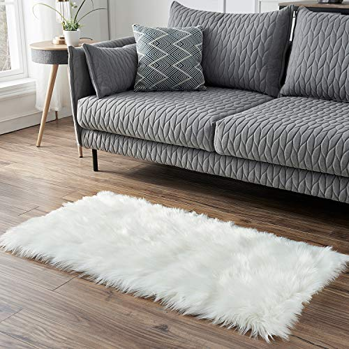 Faux Fur White Rectangle Area Rug, KIMODE Indoor Ultra Soft Fluffy Shaggy Bedroom Floor Sofa Chair Cover Living Room Carpet Home Decorate 2 ft x 4 ft
