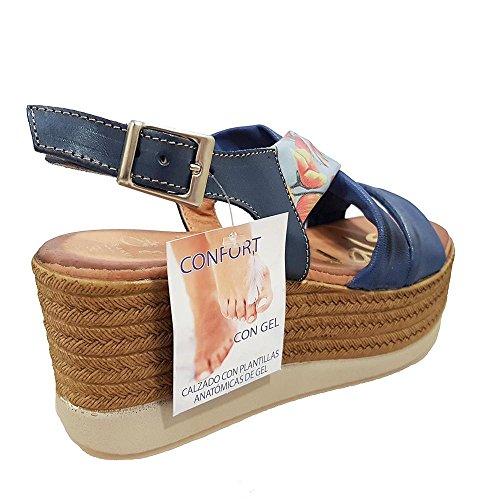 Sandalia piel marino Tiras marino y flores. Talla 39