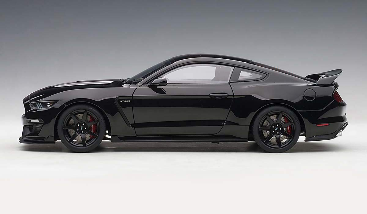 Ford Mustang Shelby GT-350R Shadow Black with Black Stripes 1/18 Model Car by Autoart 72934 by AUTOart (Image #4)