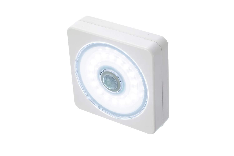 SE FL8402-18 240 Lumens Sensor Light