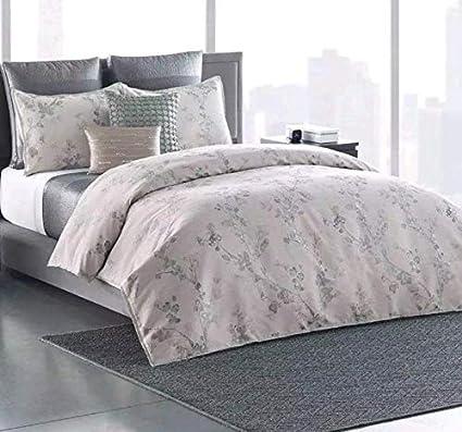 91baaaec6b8308 Amazon.com: Simply Vera Vera Wang 3-piece Floral Shadow Comforter Set King:  Home & Kitchen