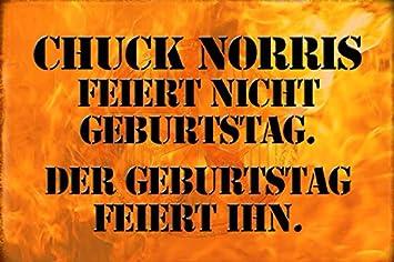 Chuck Norris Weihnachten.Schatzmix Chuck Norris Feiert Nicht Geburtstag Der