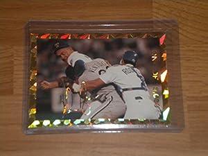 NOLAN RYAN Fight ROBIN VENTURA GOLD PRISM Baseball Card Facsimile Autograph