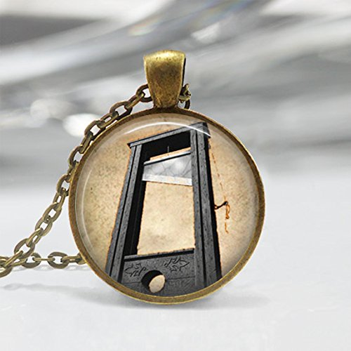 Jewelry tycoon®Guillotine Necklace French Revolution Creepy Halloween Art
