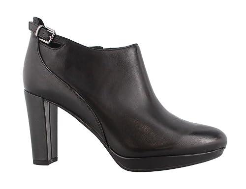 7dcfa606a Clarks New Women s Kendra Spice Bootie Black Leather 8  Amazon.ca ...