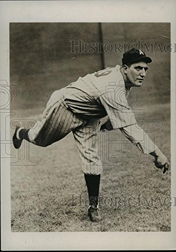 (1938 Press Photo Mike Meola, Pitcher for St. Louis Browns - cvb75250 - 7 x 5 in. - Historic Images)