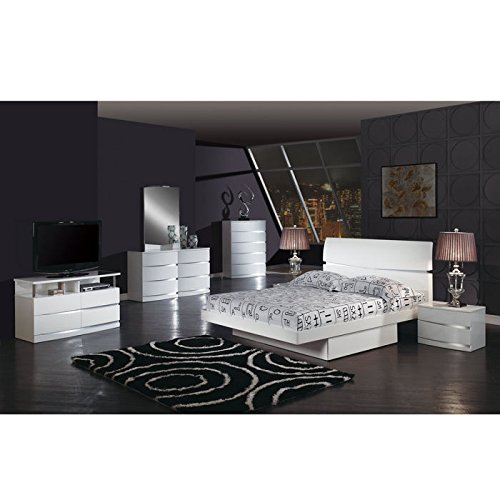 Global Furniture Aurora Collection MDF/Wood Veneer Full Bed, White