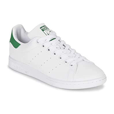 timeless design d49ef 3fdb9 adidas Originals Women's Stan Smith