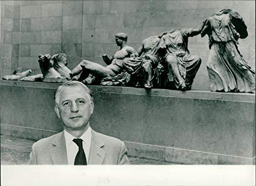 Vintage photo of Sir David Mackenzie Wilson and Elgin Marbles
