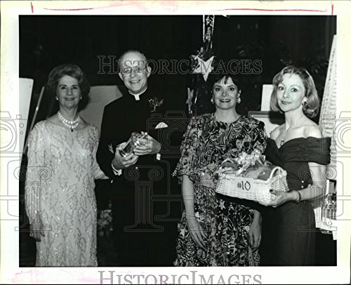 1992 Press Photo Attendees at The Diabetes Fund Raising Dinner at The Sheraton. (Dinner Sheraton)