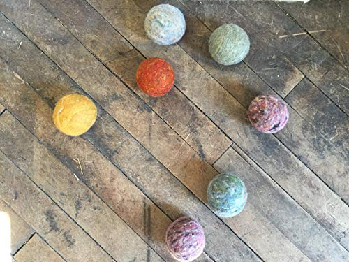 - Earthy Heathers Eco Friendly Wool Dryer Balls (set of 6)
