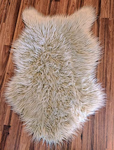 Delectable Garden Soft Faux Sheepskin Fur Chair Couch Cover Area Rug for Bedroom Floor Sofa Living Room 2 x 3 Feet - Natural (Oatmeal, Beige) from Delectable Garden