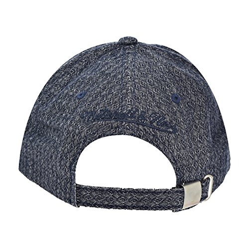 b2dd364c26d Amazon.com   Mitchell And Ness Men s NBA Chicago Bulls Reverse Denim Slouch  Strapback Dad Hat   Sports   Outdoors