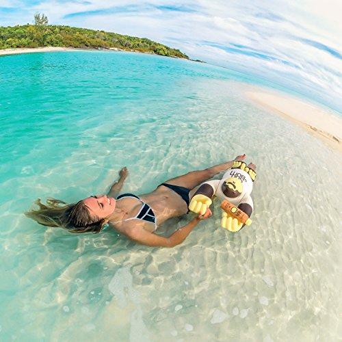 51dTaLjfEuL - Sun Bum Original Moisturizing Sunscreen Spray SPF 15 | Reef Friendly Broad Spectrum UVA / UVB | Water Resistant Continuous Spray with Oil-Free Protection | Hypoallergenic, Paraben Free, Gluten Free | SPF 15 6oz Bottle