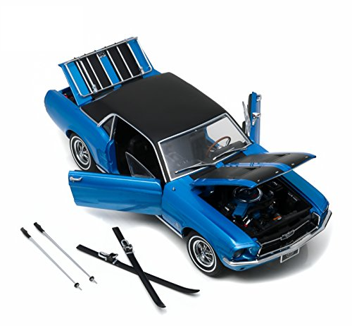 [GreenLight 1967 Ford Mustang Ski Country Special Vehicle, Vail Blue] (1967 Ford Mustang Coupe)