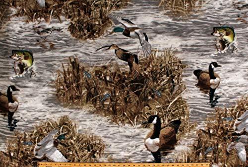Fleece Realtree Camo Ducks Fish Geese Hunting Wildlife Water Marsh Camouflage Fleece Fabric Print by The Yard (A505.36) ()