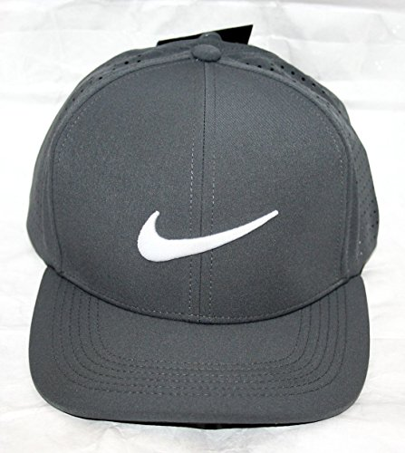 Galleon - Nike Men s Classic 99 Fitted Golf Hat 713ba6aebb5f