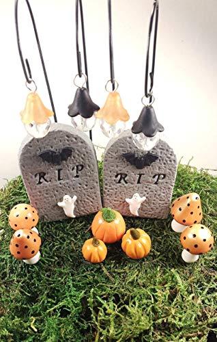 Halloween fairy garden accessories set. Miniature pumpkins, fairy lights. Set of 13. ()