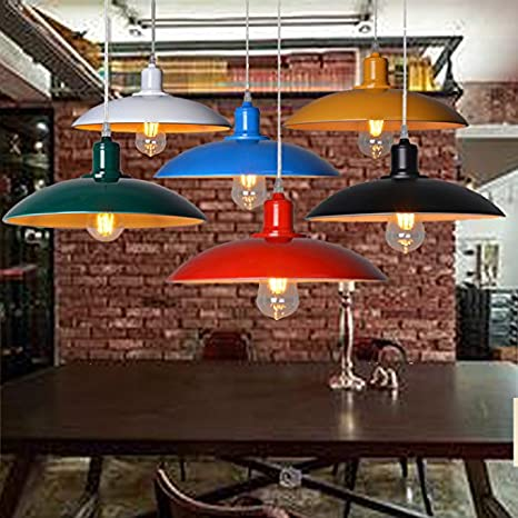 Loft Eólica Industrial Retro Arañas Color Cafe Y Bar Terraza