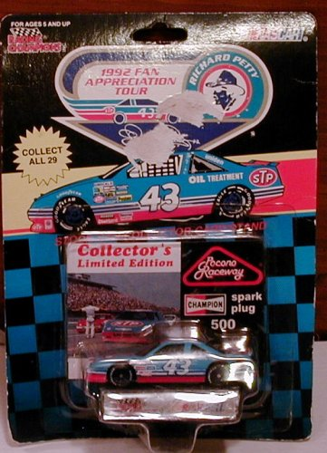 Nascar Racing Champions Richard Petty Pocono Raceway Champion Spark Plug Car 43 Fan Appreciation Tour -