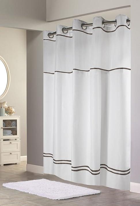 Hookless RBH40MY040 Monterey Shower Curtain   White/Black