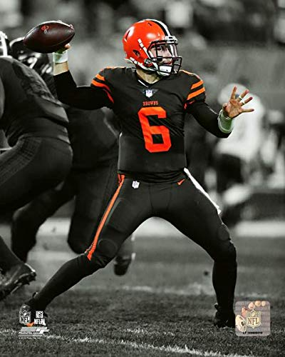 df0c82bfe29 Amazon.com: Baker Mayfield Cleveland Browns Action Photo (Size: 8