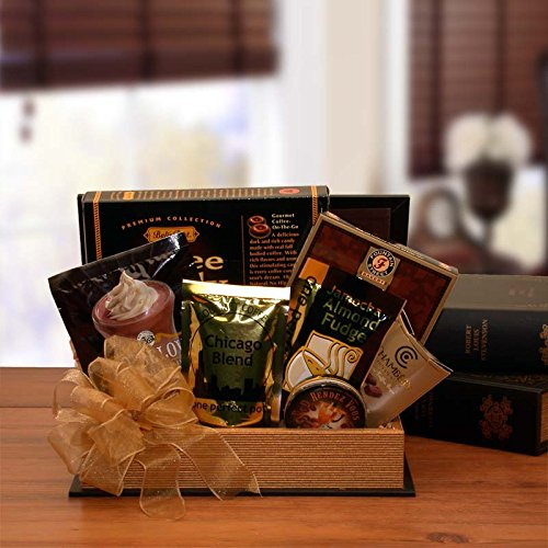 (The Book Worm Book Lovers Gift Basket)