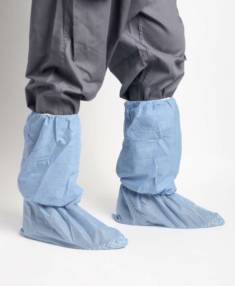 MediChoice Shoe Covers, Disposable, Anti-Skid Treads, Spunbond Meltblown Spunbond, Universal, Blue, 1314077721 (Case of 150) by MediChoice (Image #2)