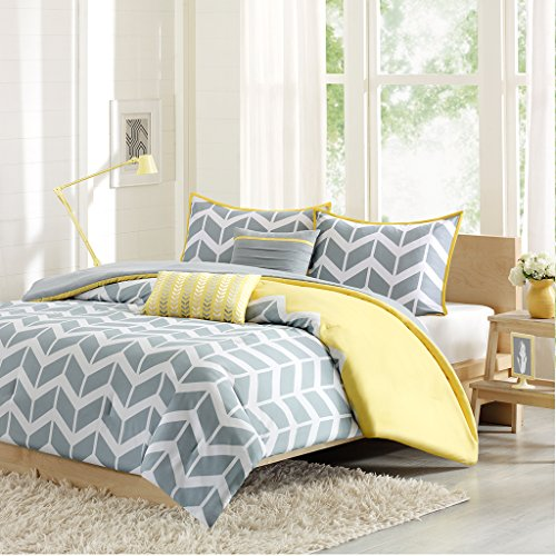 Intelligent Design Nadia Twin/Twin Xl Size Bed Comforter Set – Yellow, Chevron – 4 Pieces Bedding Sets – Ultra Soft Microfiber Bedroom Comforters