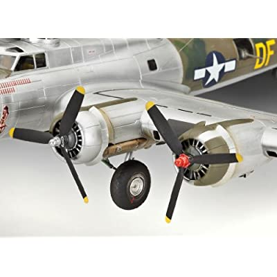 Revell Of Germany 04283 B-17G Flying Fortress: Toys & Games