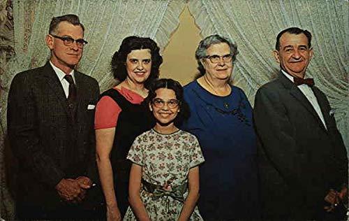 The Gieringer Family - Roadside America Shartlesville, Pennsylvania Original Vintage Postcard from CardCow Vintage Postcards
