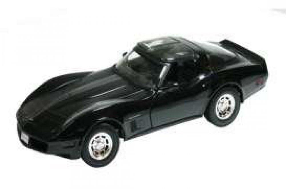[ウェリー]Welly 1982 Chevrolet Corvette Black 1/18 by 12546 12546blk [並行輸入品] B013TN07MK