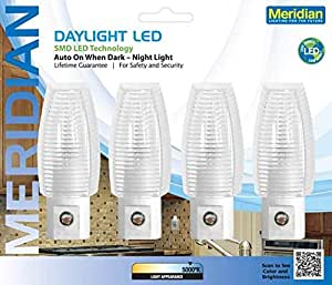 bathroom lighting images meridian electric 10911 5 lm led auto daylight 5000k 4 10911