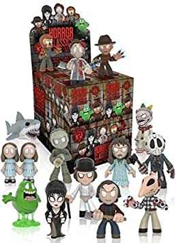 SET OF 6 HORROR MINI FIGURES BRAND NEW ASSEMBLED WITH ACCESSORIES AND STANDS