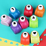 9PCS Christmas tree and Snowflake Shape Mini Paper Craft Punch Shaper Punch Mini Handmade Hole Puncher Kids Craft DIY Handmade Hole Puncher for Festival Papers or Greeting Card