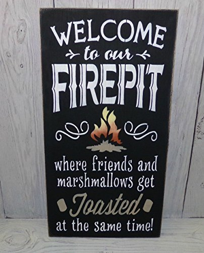 weewen Welcome to Our Firepit Where Friends and Marshmallows Get Toasted Black Outdoor Wooden Patio Sign Wooden Sign Plaque Home Decor Wall Art Room Garden Sign
