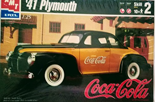 '41 Plymouth AMT 1:25 Scale Model Kit