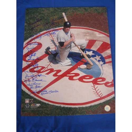 MICKEY MANTLE YANKEE STADIUM ON DECK CIRCLE 16x20 PICTURE SIGNED BY 23 PLAYERS