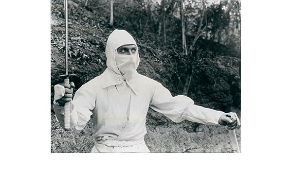 Franco Nero Ninjutsu Master Enter The Ninja Photo at ...