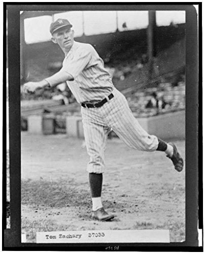 Reprinted 5 x 7 Vintage Baseball Photo Tom Zachary, Washington Nationals Baseball Player, Full-Length Portrait, Throwing Baseball Unknown 1924 1925 207x ()