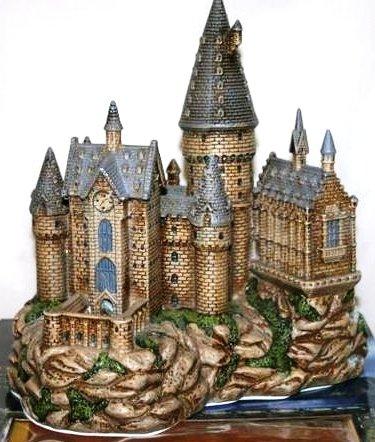 amazoncom harry potter illuminated fiber optic hogwarts castle with led sound home kitchen