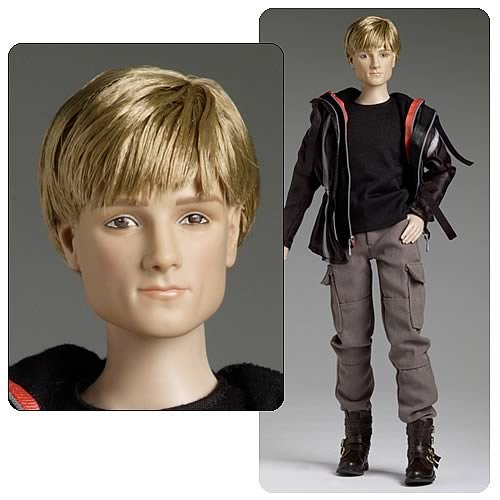 Hunger Games Peeta Mellark Tonner Doll