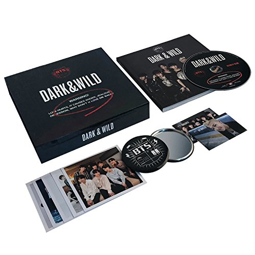DARK & WILD - BTS 1st Album CD + Photobook + Photocard + FREE GIFT / K-POP Sealed