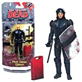 McFarlane Toys Year 2013 The Walking Dead Series 5 Inch Tall Action Figure - RIOT GEAR GLENN with Tonfa Baton, Removable Helmet, 2 Guns, Shield and Gas Can