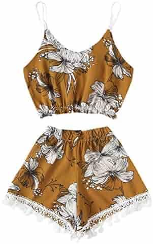 daa9da7c9ee SheIn Women s Floral Print Cami Crop Top and Wide Leg Shorts Outfits