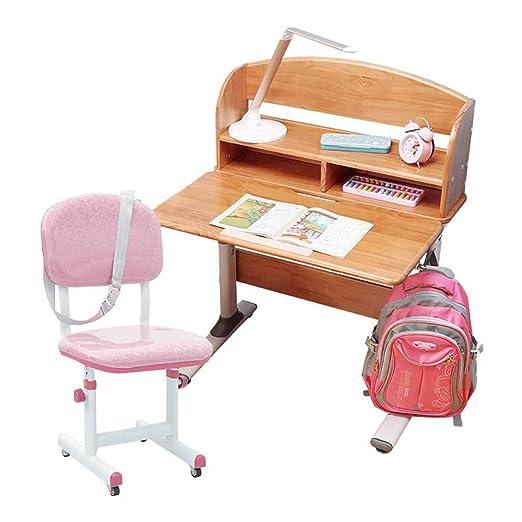 Mesa y silla Los Estudiantes estudian los escritorios y Las sillas ...