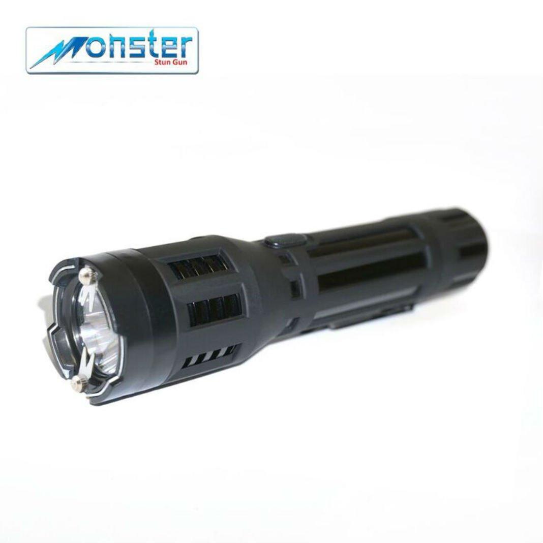 Monster Stun Gun 40m High Voltage Metal Rubber Enforced With Flashlight Black Sports Outdoors